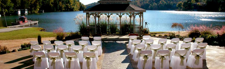 How To Host A Successful Wedding At Rumbling Bald Resort